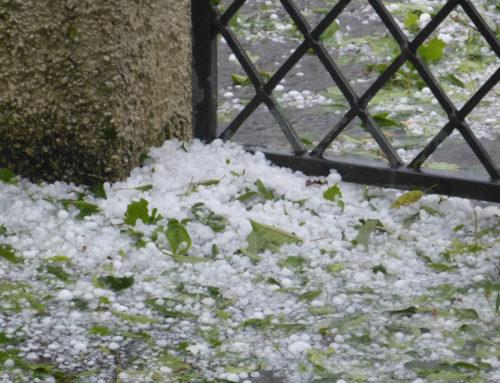 Tausende Autos in Hagen durch Hagelkörner beschädigt